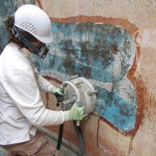 下地処理の技術と仕上げ工事の技術を融合しアスベスト除去工事