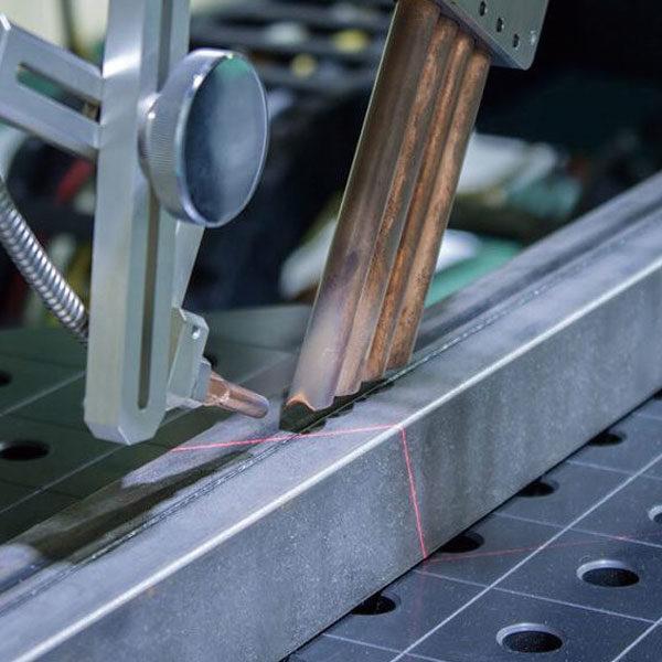 ファイバーレーザー溶接のイメージ画像