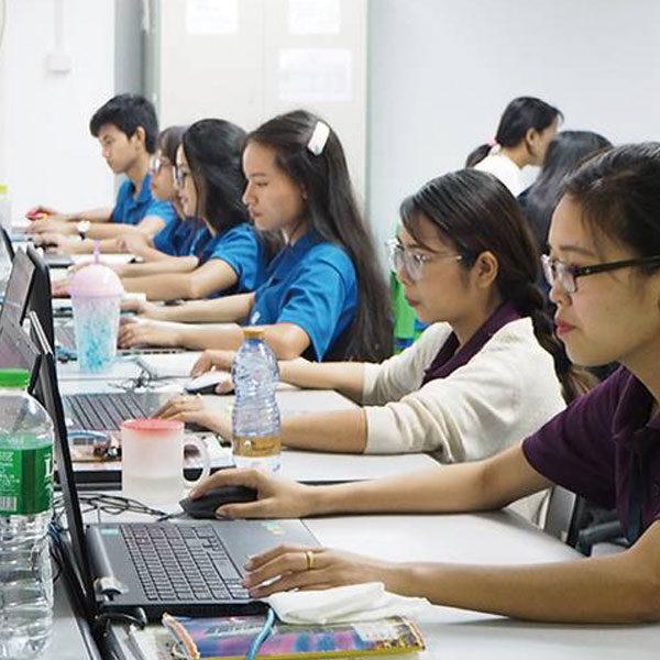 ミャンマーでのオフショア開発のイメージ画像